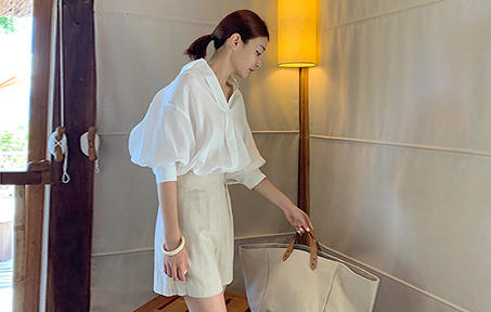 * 7/10 or later Estimate storage * Puff Sleeve Linen Shirt